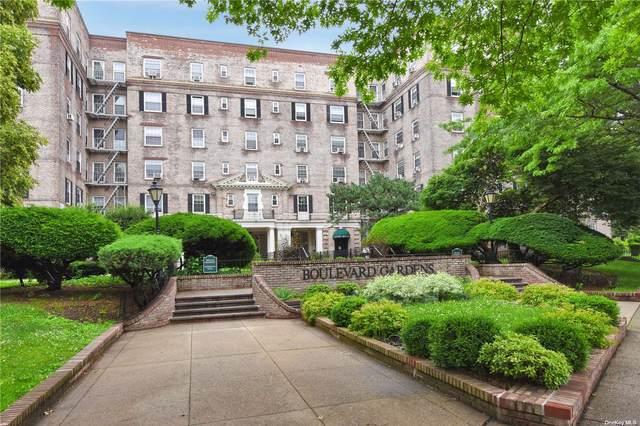 3081 54th Street 2E, Woodside, NY 11377 (MLS #3308742) :: Carollo Real Estate