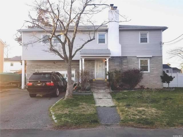 Babylon, NY 11702 :: Signature Premier Properties
