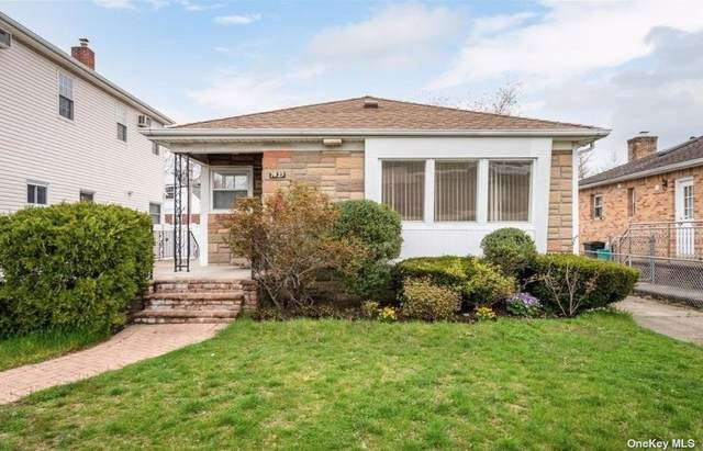 78-23 264th Street, Glen Oaks, NY 11004 (MLS #3308832) :: Frank Schiavone with William Raveis Real Estate