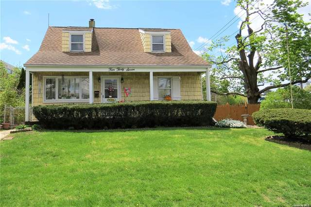 437 Franklin Avenue, Hewlett, NY 11557 (MLS #3308863) :: Shalini Schetty Team