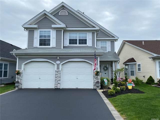 14 Perri Circle, Middle Island, NY 11953 (MLS #3308899) :: McAteer & Will Estates | Keller Williams Real Estate