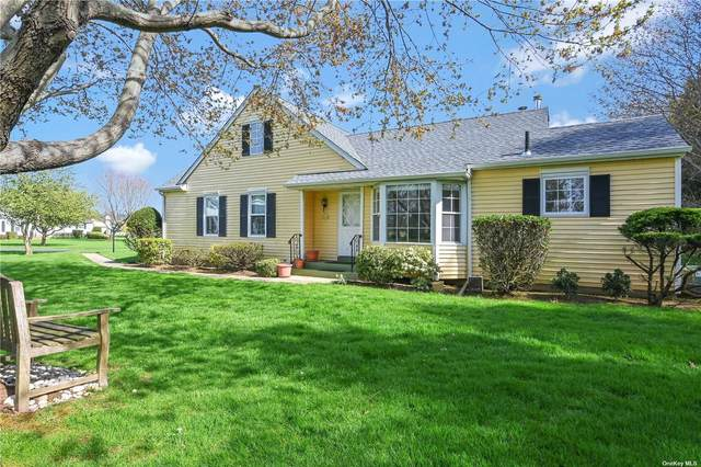 2555 Youngs Avenue 15A, Southold, NY 11971 (MLS #3308903) :: Corcoran Baer & McIntosh