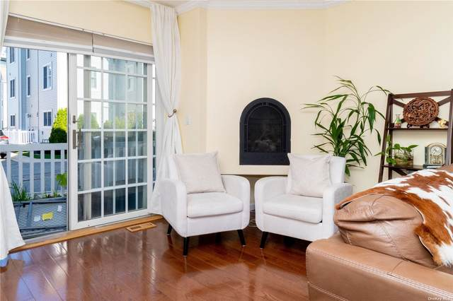 167-05 Powells Cove Boulevard, Whitestone, NY 11357 (MLS #3309040) :: Carollo Real Estate