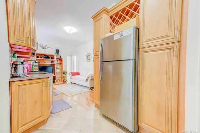 10918 Lefferts Boulevard, Ozone Park, NY 11416 (MLS #3309254) :: Mark Boyland Real Estate Team