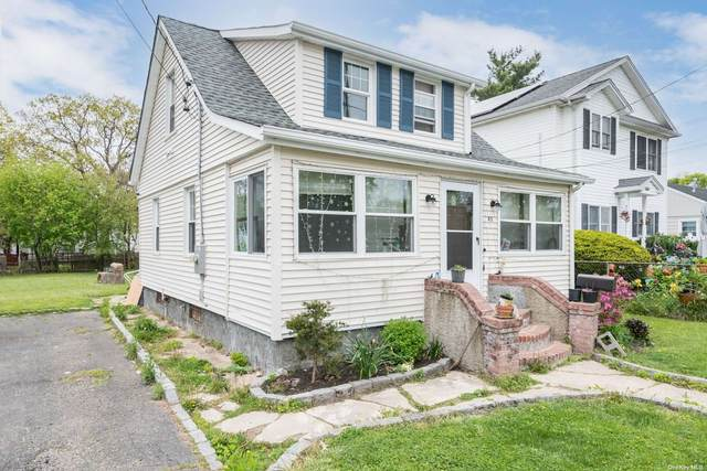 43 9th Avenue, Huntington Sta, NY 11746 (MLS #3309306) :: Signature Premier Properties