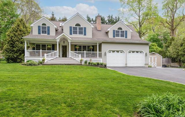 35 Dogwood Lane, Locust Valley, NY 11560 (MLS #3309445) :: Signature Premier Properties