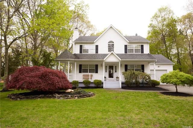71 E Greentree Drive, Medford, NY 11763 (MLS #3310013) :: Signature Premier Properties