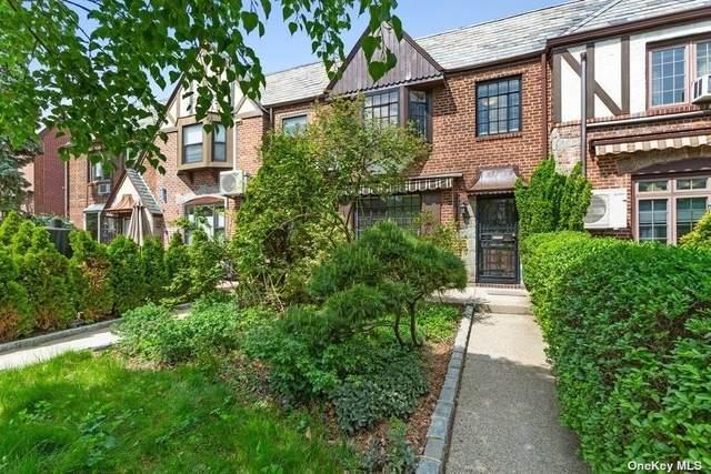 67-61 Groton Street, Forest Hills, NY 11375 (MLS #3310029) :: Cronin & Company Real Estate