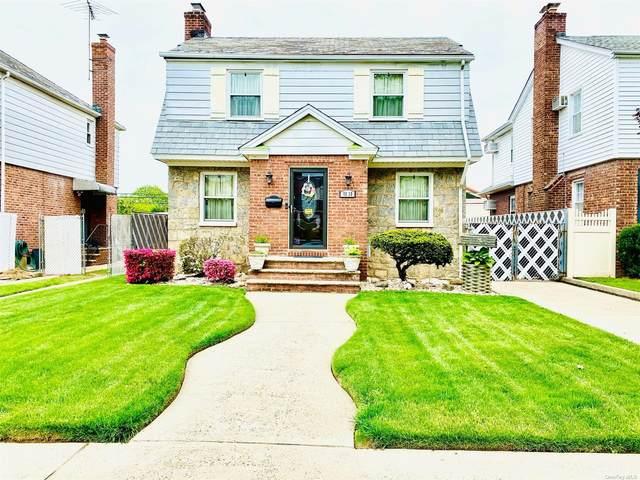 58-10 215th Street, Bayside, NY 11364 (MLS #3310085) :: Carollo Real Estate