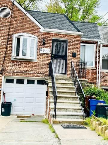 59-37 163rd Street, Flushing, NY 11365 (MLS #3310088) :: Carollo Real Estate