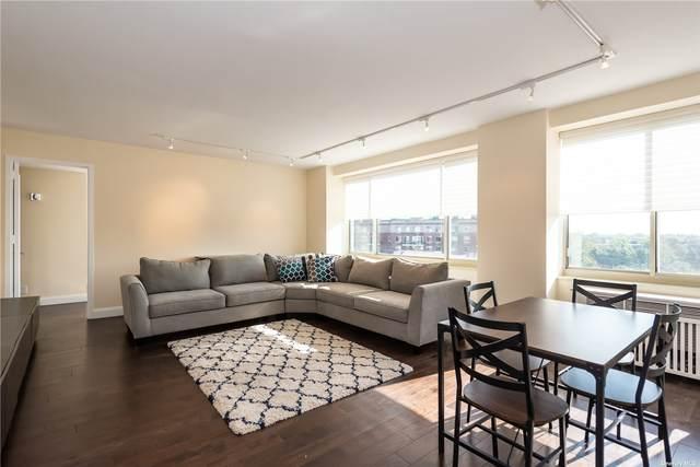 111 Cherry Valley Avenue #906, Garden City, NY 11530 (MLS #3310186) :: Nicole Burke, MBA | Charles Rutenberg Realty