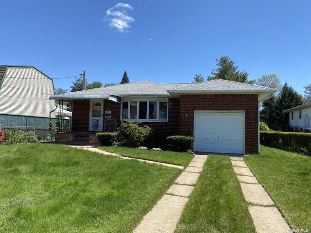8 Irving Court, Hicksville, NY 11801 (MLS #3310306) :: Signature Premier Properties