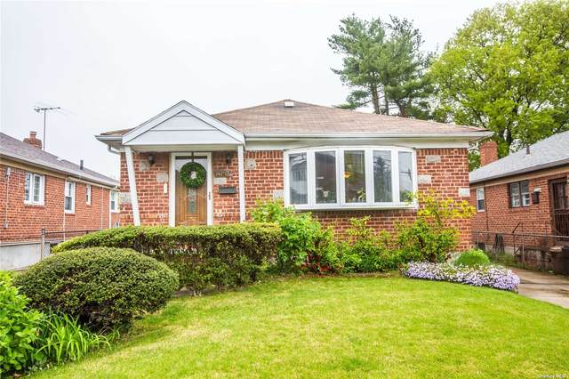 262-27 S 60th Avenue, Little Neck, NY 11362 (MLS #3310332) :: Carollo Real Estate