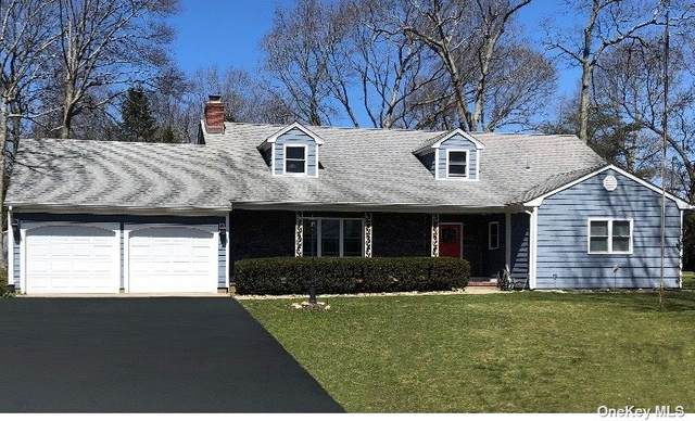 81 Woodlawn Avenue, East Moriches, NY 11940 (MLS #3310410) :: Mark Boyland Real Estate Team