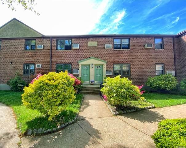 57-21 246th Crescent, Douglaston, NY 11362 (MLS #3310432) :: Carollo Real Estate
