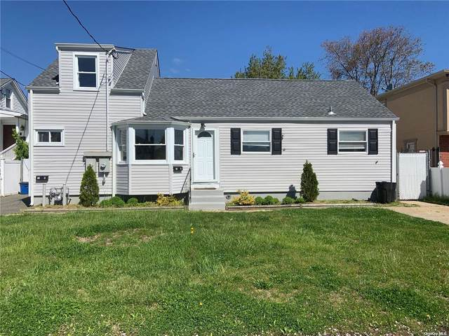 10 Mckinley 10A, Lindenhurst, NY 11757 (MLS #3310460) :: Keller Williams Points North - Team Galligan