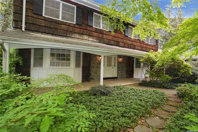 9 S Hollow Road, Dix Hills, NY 11746 (MLS #3310477) :: McAteer & Will Estates | Keller Williams Real Estate