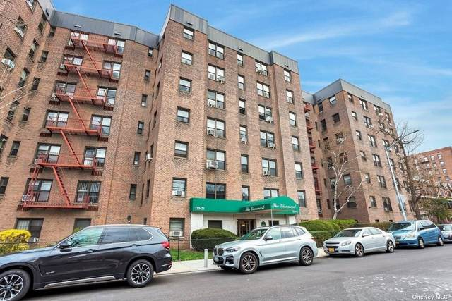 139-21 85 Drive 4F, Briarwood, NY 11435 (MLS #3310508) :: Frank Schiavone with William Raveis Real Estate