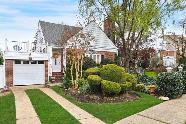 9-35 121st Street, College Point, NY 11356 (MLS #3310512) :: McAteer & Will Estates | Keller Williams Real Estate