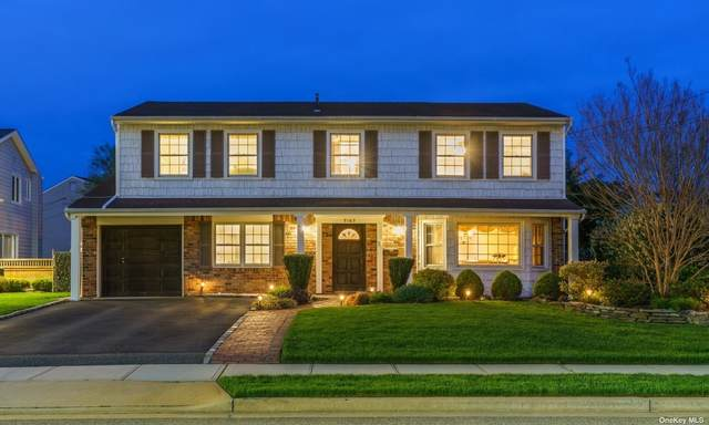 3163 Wynsum Avenue, Merrick, NY 11566 (MLS #3310539) :: Carollo Real Estate