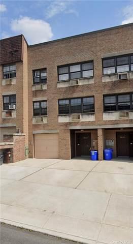 240-12 70th Avenue 6A, Douglaston, NY 11362 (MLS #3310591) :: The McGovern Caplicki Team
