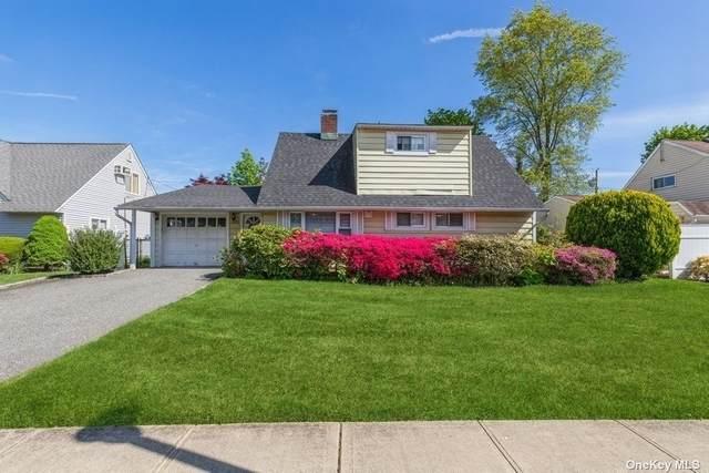 33 Choir Lane, Westbury, NY 11590 (MLS #3310621) :: Signature Premier Properties