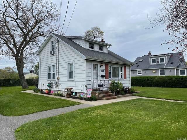 583 S 15th Street, Lindenhurst, NY 11757 (MLS #3310634) :: Signature Premier Properties