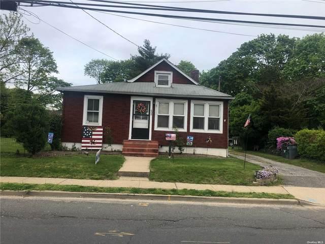 608 Meadowbrook Road, Merrick, NY 11566 (MLS #3310823) :: The Home Team