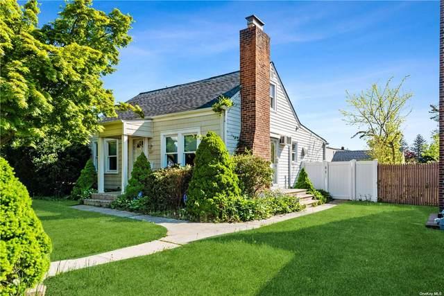 687 Deer Park Avenue, Babylon, NY 11702 (MLS #3310906) :: Signature Premier Properties