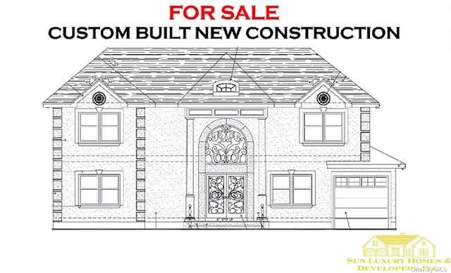 10 Newmarket Road, Syosset, NY 11791 (MLS #3310937) :: Signature Premier Properties