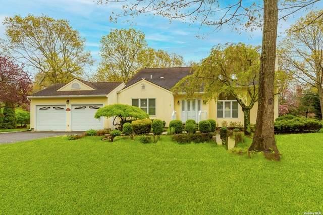 26 Fordham Drive, Hampton Bays, NY 11946 (MLS #3311215) :: Corcoran Baer & McIntosh