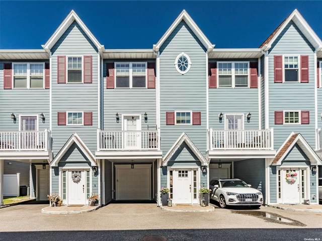 9 Hearthstone Court #9, Farmingdale, NY 11735 (MLS #3311408) :: Carollo Real Estate