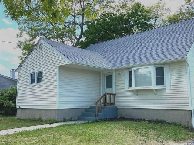 202 Avenue B, Lake Ronkonkoma, NY 11779 (MLS #3311584) :: Barbara Carter Team