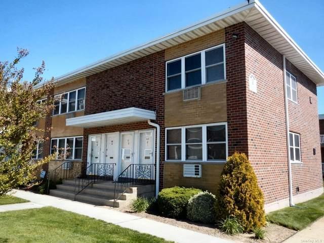 61 Farber Drive #61, W. Babylon, NY 11704 (MLS #3311928) :: Shalini Schetty Team