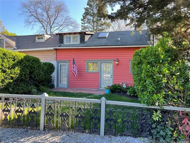 11 Jade Street, Oakdale, NY 11769 (MLS #3312126) :: Corcoran Baer & McIntosh