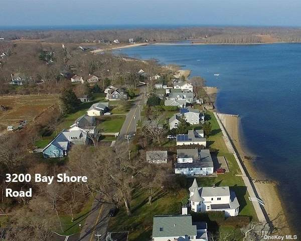 3200 Bay Shore Road, Greenport, NY 11944 (MLS #3312343) :: Mark Boyland Real Estate Team