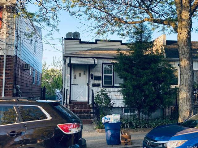 89-17 Desarc Road, Ozone Park, NY 11417 (MLS #3312808) :: Mark Boyland Real Estate Team
