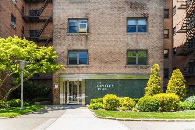 31-50 140th Street 4C, Flushing, NY 11354 (MLS #3313000) :: Mark Boyland Real Estate Team