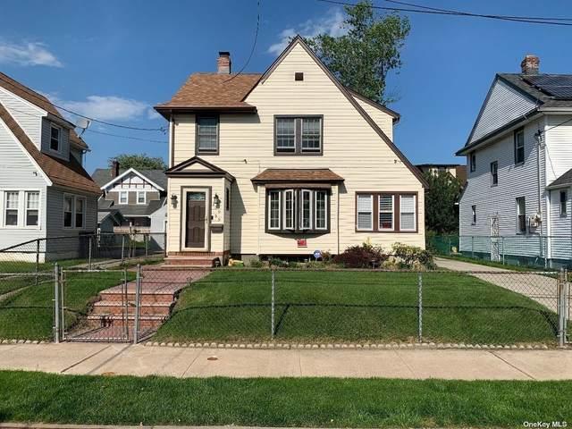 109-59 195 Street, St. Albans, NY 11412 (MLS #3313230) :: Carollo Real Estate