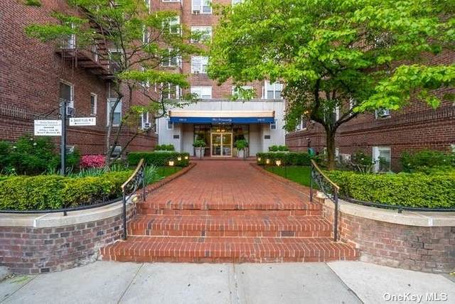 106-15 Queens Boulevard 3A, Forest Hills, NY 11375 (MLS #3313252) :: Shalini Schetty Team