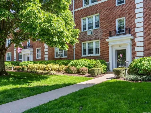 32 Hamilton Place L, Garden City, NY 11530 (MLS #3314859) :: Carollo Real Estate