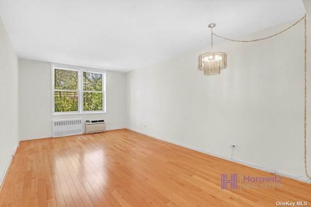 31-85 Crescent Street #310, Astoria, NY 11106 (MLS #3314863) :: Carollo Real Estate