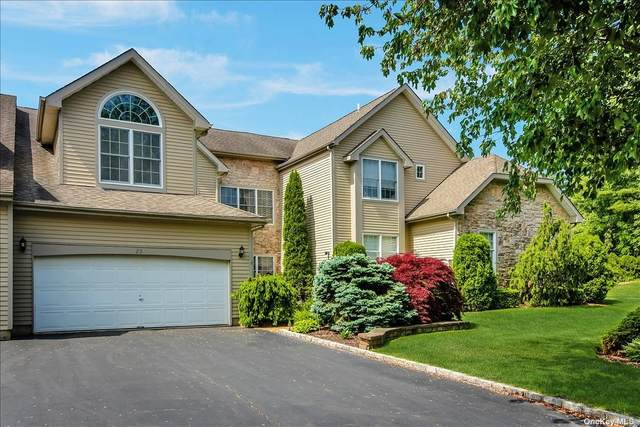23 Athem Drive, Glen Cove, NY 11542 (MLS #3315196) :: Nicole Burke, MBA | Charles Rutenberg Realty