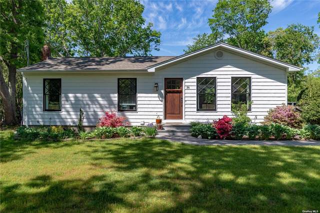 36 Howell Place S, Speonk, NY 11972 (MLS #3315840) :: Barbara Carter Team