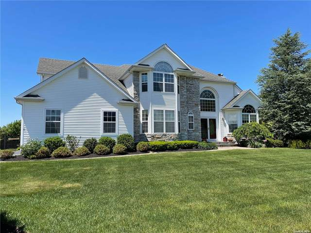 28 Sycamore Street, Miller Place, NY 11764 (MLS #3316370) :: Carollo Real Estate