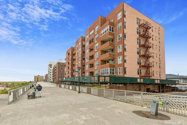 117-12 Ocean Promenade 4C, Rockaway Park, NY 11694 (MLS #3316577) :: Cronin & Company Real Estate