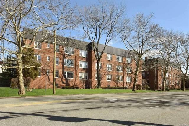 195 S Middle Neck Road 1G, Great Neck, NY 11021 (MLS #3316675) :: Shalini Schetty Team