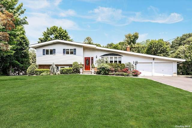 7 Laurie Place, Glen Cove, NY 11542 (MLS #3316747) :: Carollo Real Estate