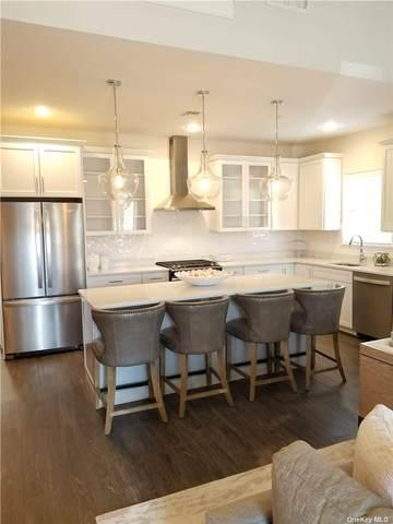 1 Michael Lane, East Islip, NY 11730 (MLS #3316811) :: Carollo Real Estate