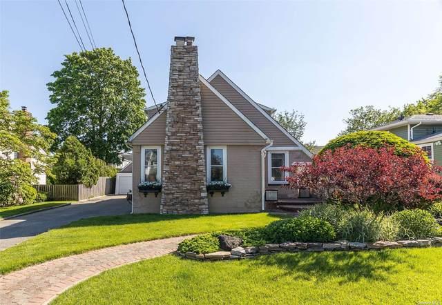 62 Capitolian Boulevard, Rockville Centre, NY 11570 (MLS #3317163) :: Carollo Real Estate